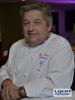 Eric Pansu (MOF) supervise les tables de Bocus : les 4 brasseries cardinales, les restaurants Marguerite et Fond Rose